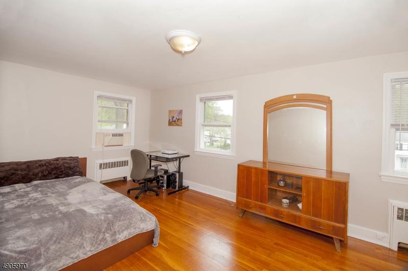 Large Bedroom, Closet, 3 Windows, Hardwood Floors