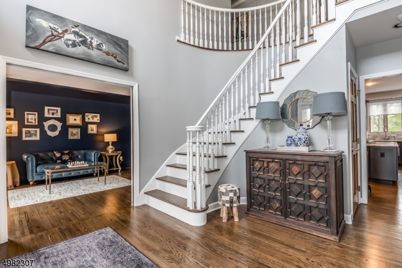 2 Story Foyer with hardwood floors