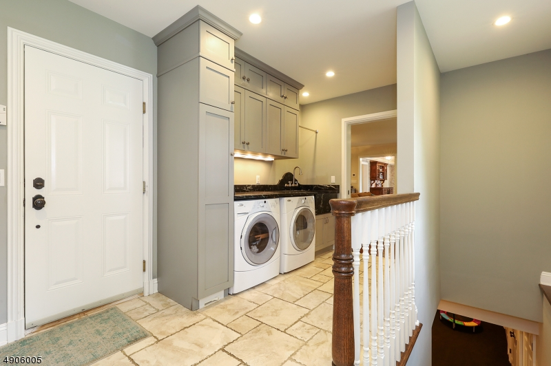 2 laundry rooms- one in mudroom and 1 on the second floor