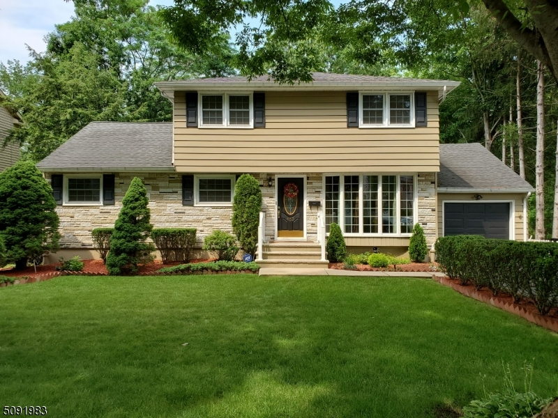 Expanded & Updated 3-4 BR 3 Full bath home