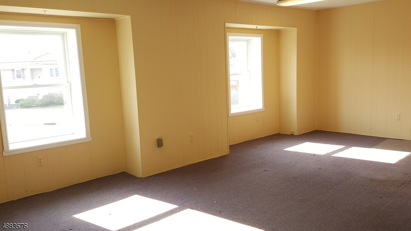 Photo of home for sale at 409 UNION AVE, Middlesex Boro NJ