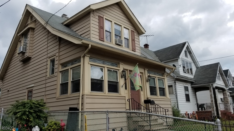Photo of home for sale at 929 HUDSON ST, Gloucester City NJ