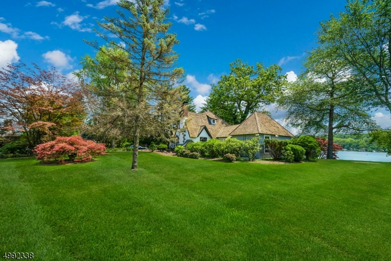 Photo of home for sale at 11 ISLAND TRL, Sparta Twp. NJ