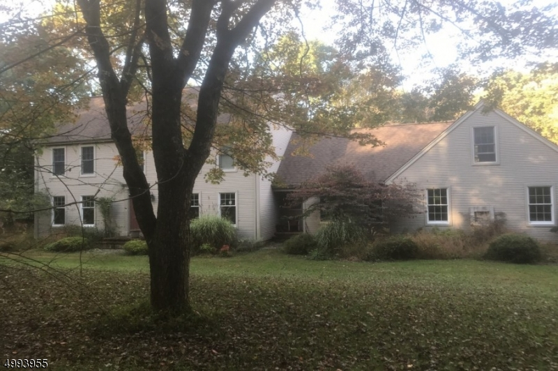 Photo of home for sale at 5 HOLLOW BROOK RD, Washington Twp. NJ