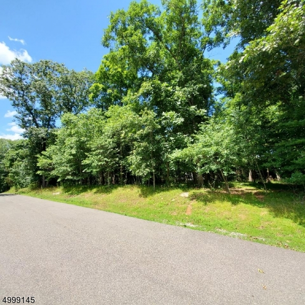 Photo of home for sale at RIVERVIEW DR, Boonton Twp. NJ