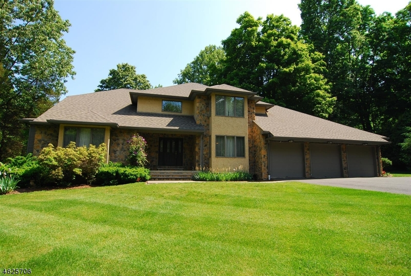 Photo of home for sale at 4 ALPINE DRIVE, Knowlton Twp. NJ
