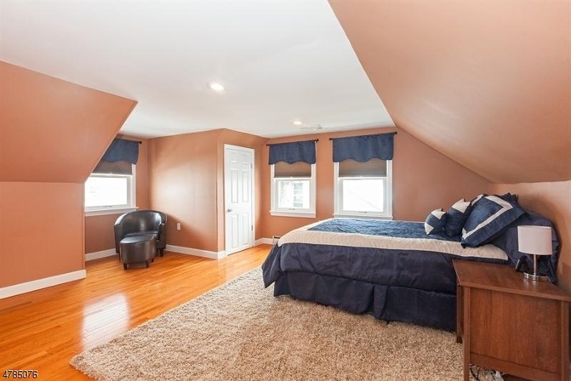 85 Ozone Ave Cedar Grove Twp., NJ 07009 - MLS #: 3453301
