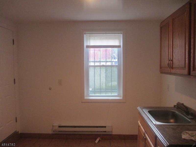 285 LAKE ST Newark City, NJ 07104 - MLS #: 3480601