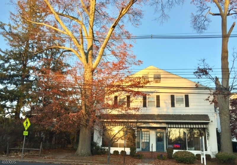Photo of home for sale at 16 PEAPACK RD, Far Hills Boro NJ