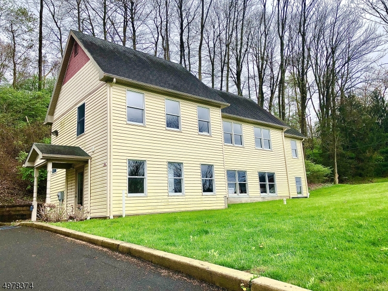 Photo of home for sale at 1030 State Route 173, Bethlehem Twp. NJ