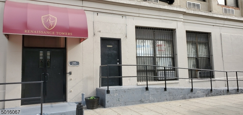 Photo of home for sale at 111 MULBERRY ST, Newark City NJ