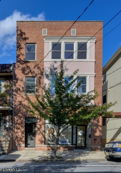 Photo of home for sale at 157 LAFAYETTE ST, Newark City NJ