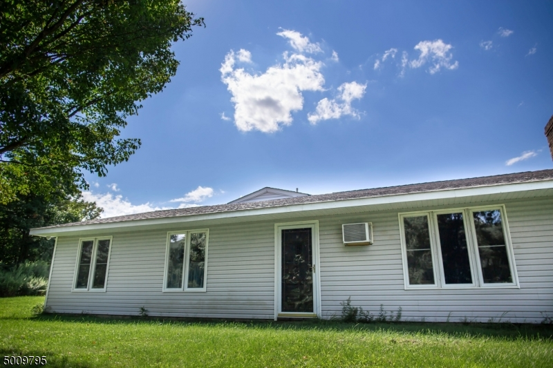 Photo of home for sale at 4431 RUDETOWN RD, Hardyston Twp. NJ