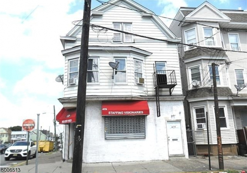 Photo of home for sale at 479 MARKET ST, Paterson City NJ