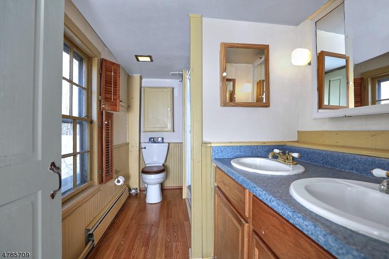 30 Skillman Ave Rocky Hill Boro, NJ 08553 - MLS #: 3453503