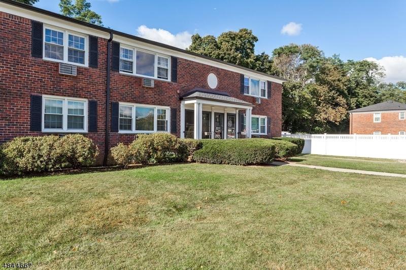 403 PITNEY PL Morris Twp., NJ 07960 - MLS #: 3508303