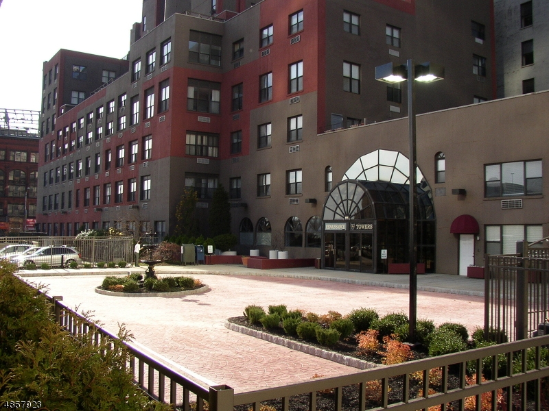 Property for sale at 111 Mulberry St 3-T Unit: 3-T, Newark City,  New Jersey 07102