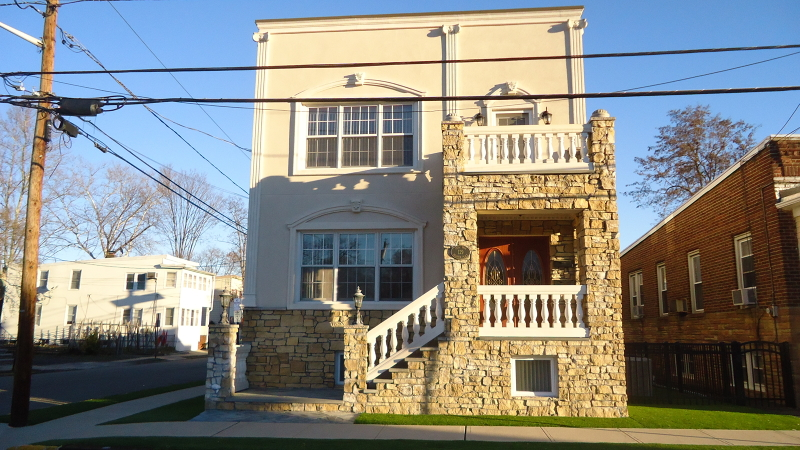 Photo of home for sale at 129 BALDWIN PL, Bloomfield Twp. NJ