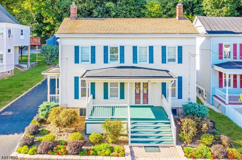 Photo of home for sale at 30 W MAIN ST, Clinton Town NJ