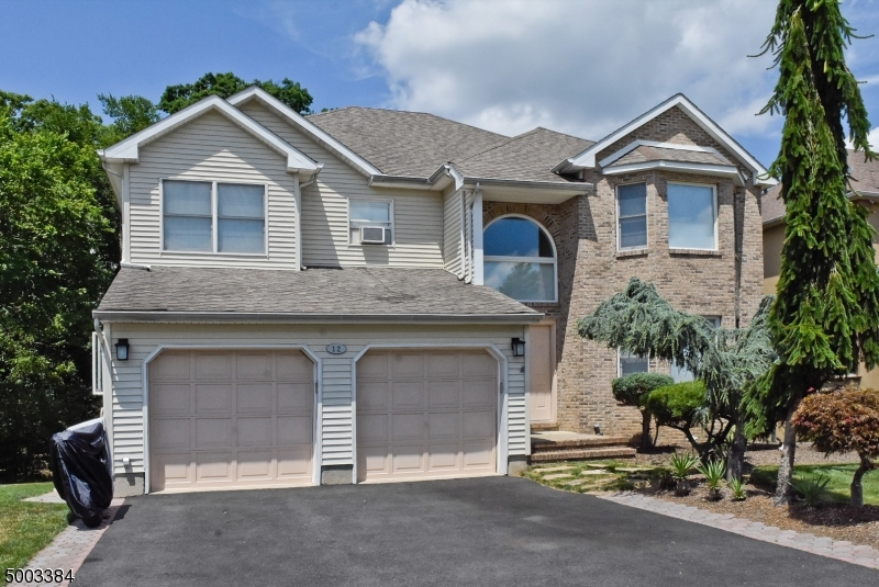 Photo of home for sale at 12 HARDEN CT, Parsippany-Troy Hills Twp.
