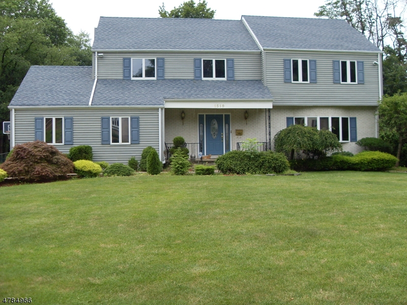 Property for sale at 1519 Long Meadow, Mountainside Boro,  NJ  07092
