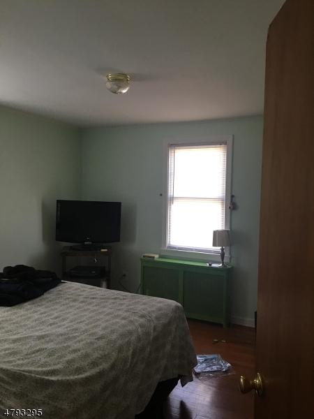 1 33rd St Fair Lawn Boro, NJ 07410 - MLS #: 3460505