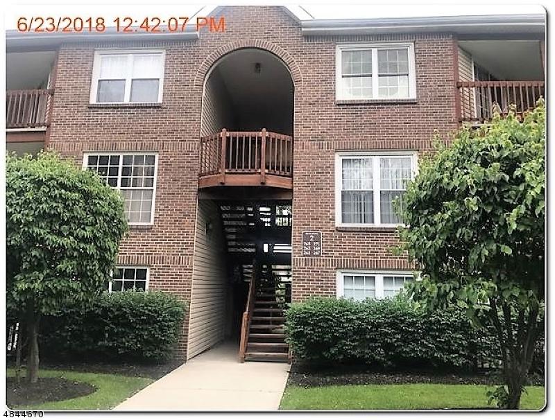 263 VILLAGE CIRCLE DR Fort Lee Boro, NJ 07024 - MLS #: 3508305