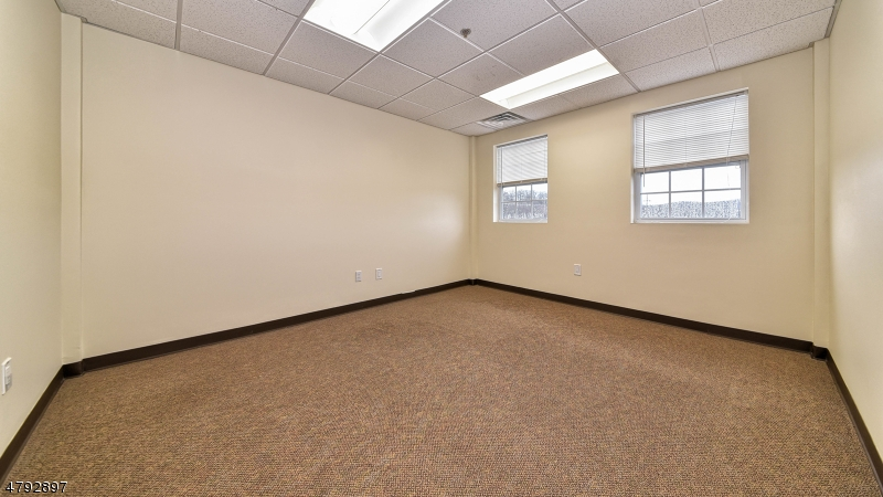 Photo of home for sale at 1069 Ringwood Ave 301-20, Wanaque Boro NJ