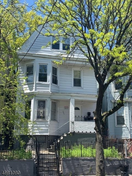 Photo of home for sale at 723 BERGEN ST, Newark City NJ