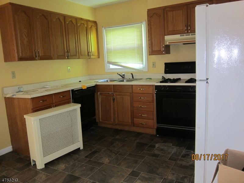 5 Phyllis Rd West Orange Twp., NJ 07052 - MLS #: 3424406