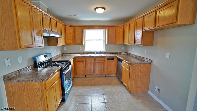 416 Schiller St Elizabeth City, NJ 07206 - MLS #: 3464006