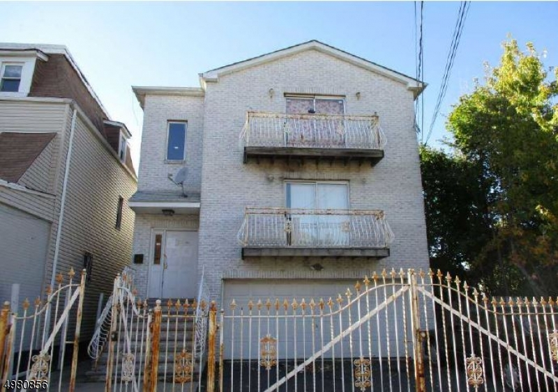 Photo of home for sale at 30 BATHGATE PL, Newark City NJ