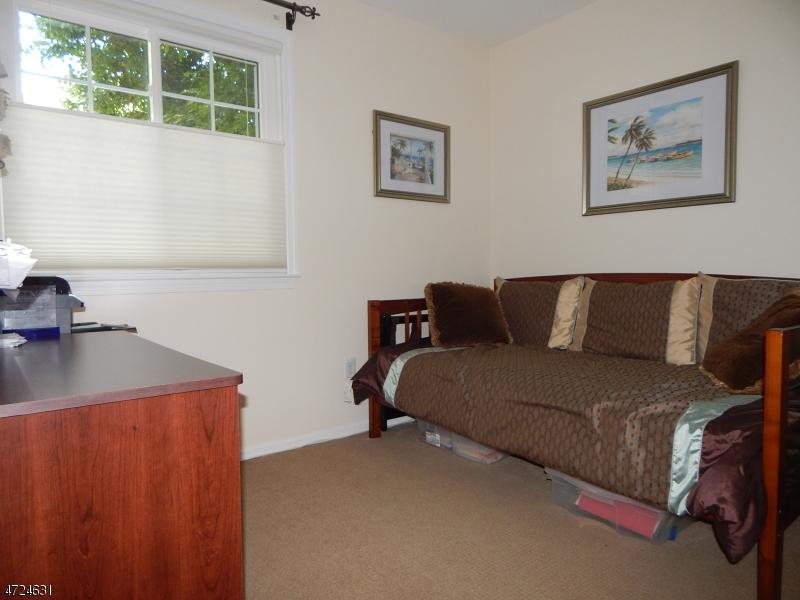 28 Encampment Dr Bedminster Twp., NJ 07921 - MLS #: 3398007