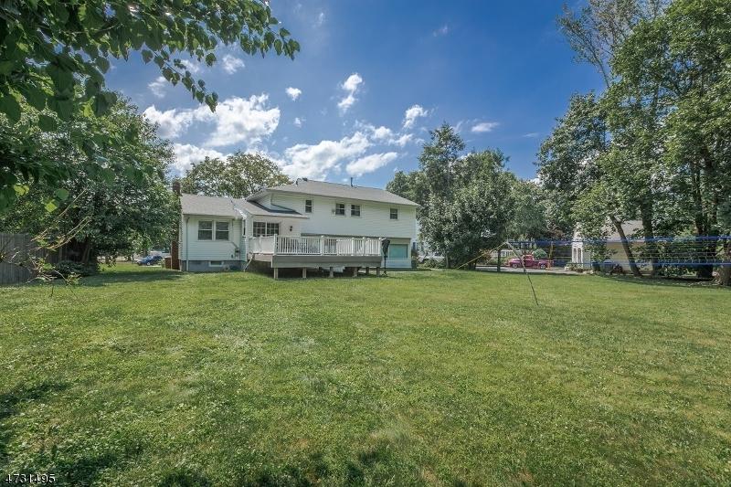 12 Happel Ct Scotch Plains Twp., NJ 07076 - MLS #: 3404208