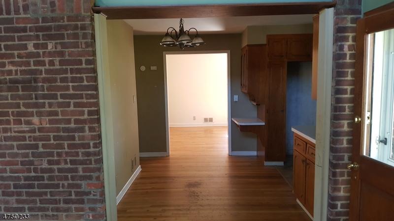 7 Jefferson Ave Hasbrouck Heights Boro, NJ 07604 - MLS #: 3421708