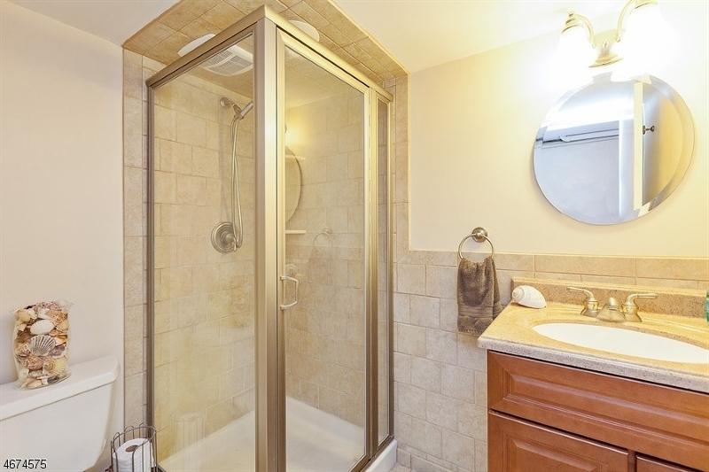 307 Long Hill Rd Long Hill Twp., NJ 07933 - MLS #: 3424408