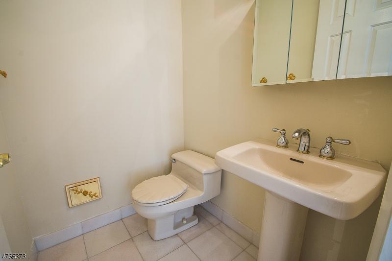 53 WEDGEWOOD DR. Woodland Park, NJ 07424 - MLS #: 3452308