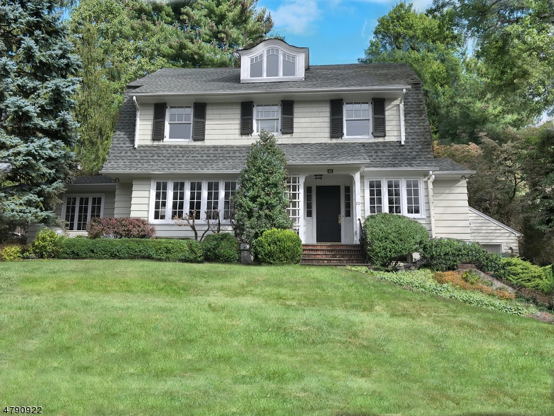 Property for sale at 22 Dogwood Dr, Summit City,  NJ  07901