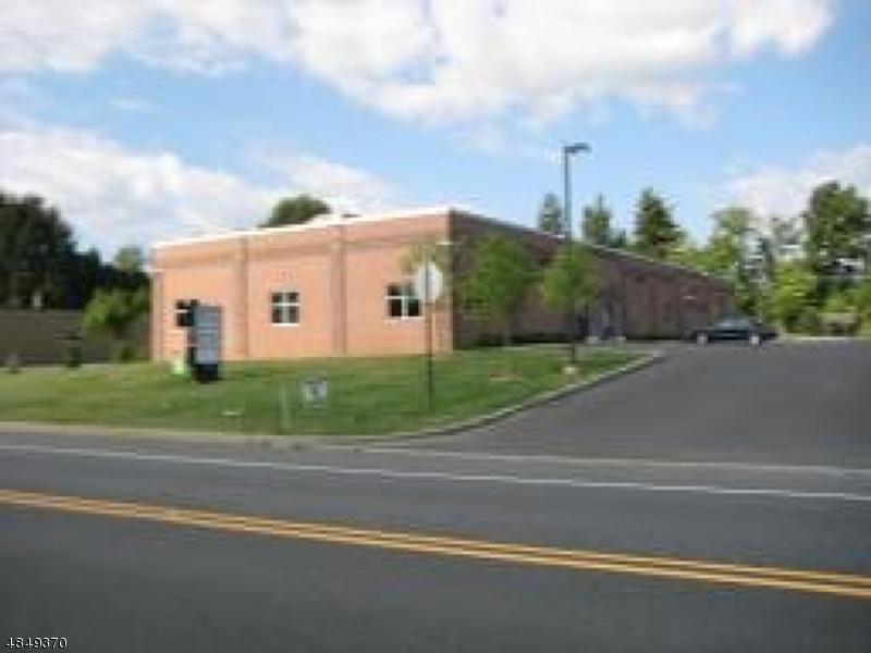 Photo of home for sale at 279 NJ-31 S, Washington Twp. NJ