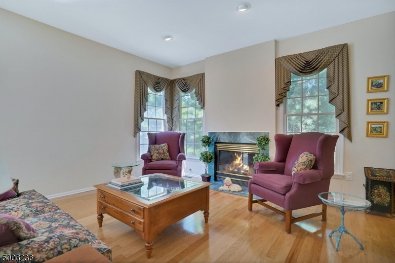 Photo of home for sale at 28 TWOMBLY CT, Morristown Town NJ
