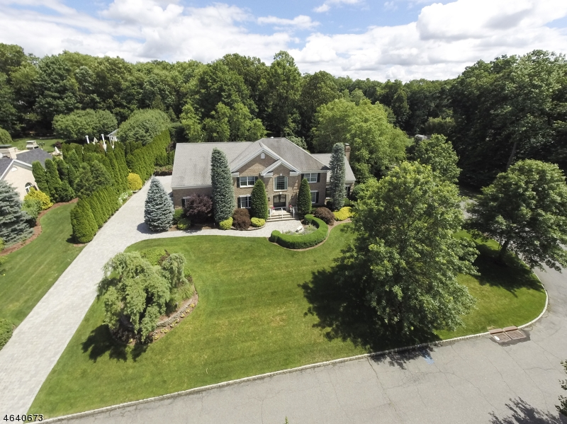 Property for sale at 29 Hutton Dr, Mahwah Township,  NJ 07430