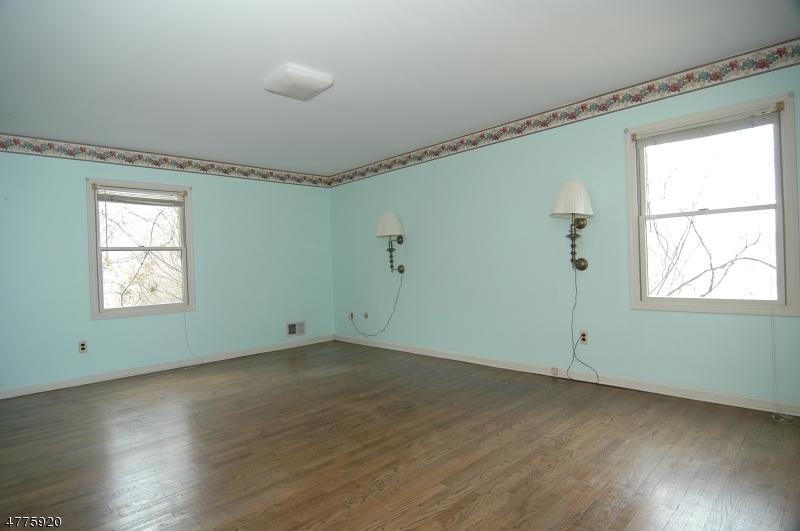 27 Milford Rd Bloomsbury Boro, NJ 08804 - MLS #: 3446309