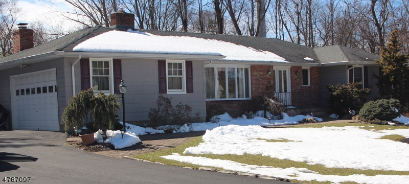 Property for sale at 141 Maple Ave, Berkeley Heights Twp.,  NJ  07922