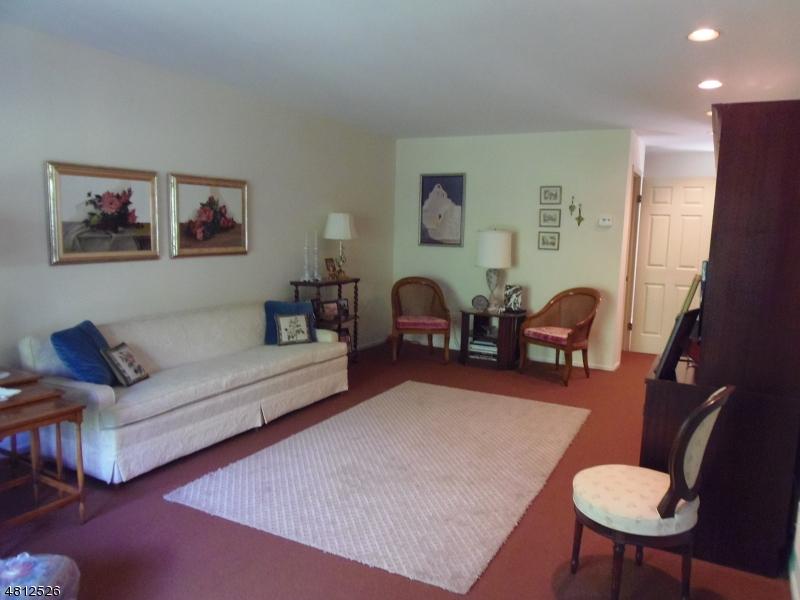 10 FOWLER DR West Orange Twp., NJ 07052 - MLS #: 3478509