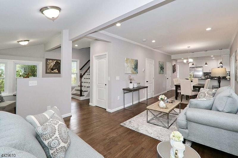 Living Rm Looking to Dining