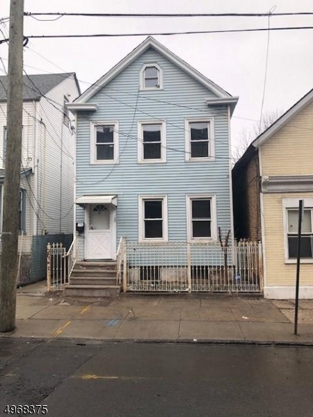 Photo of home for sale at 86 4TH ST, Elizabeth City NJ