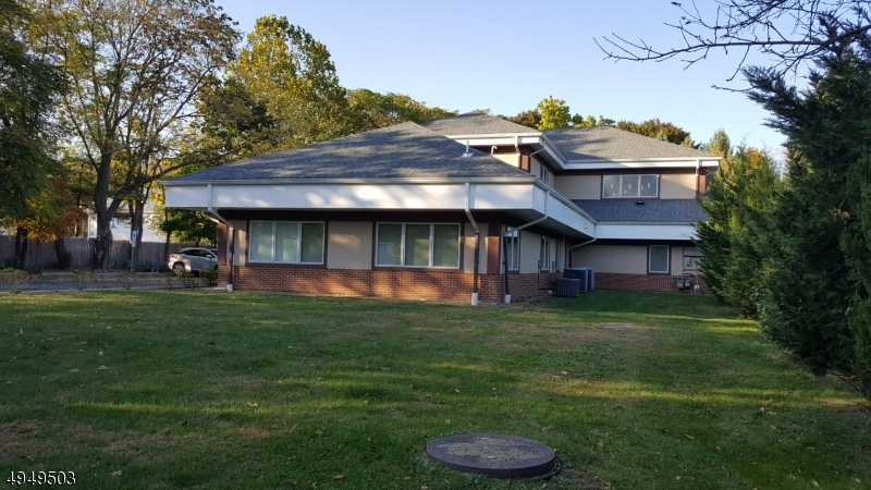 Photo of home for sale at 160 MOUNTAIN AVE, Hackettstown Town NJ
