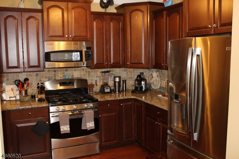Photo of home for sale at 1302 HALE DR, Rockaway Twp. NJ