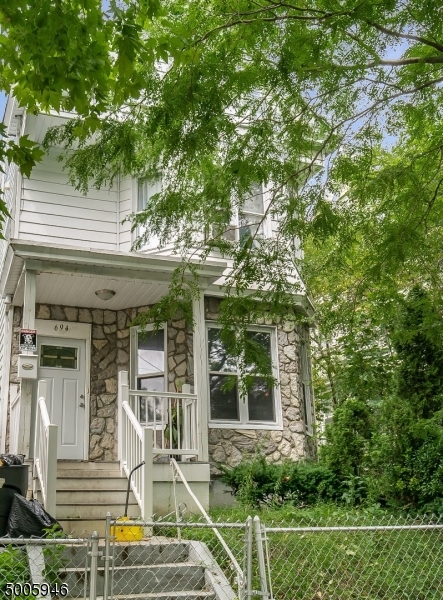 Photo of home for sale at 694 E 28TH ST, Paterson City NJ
