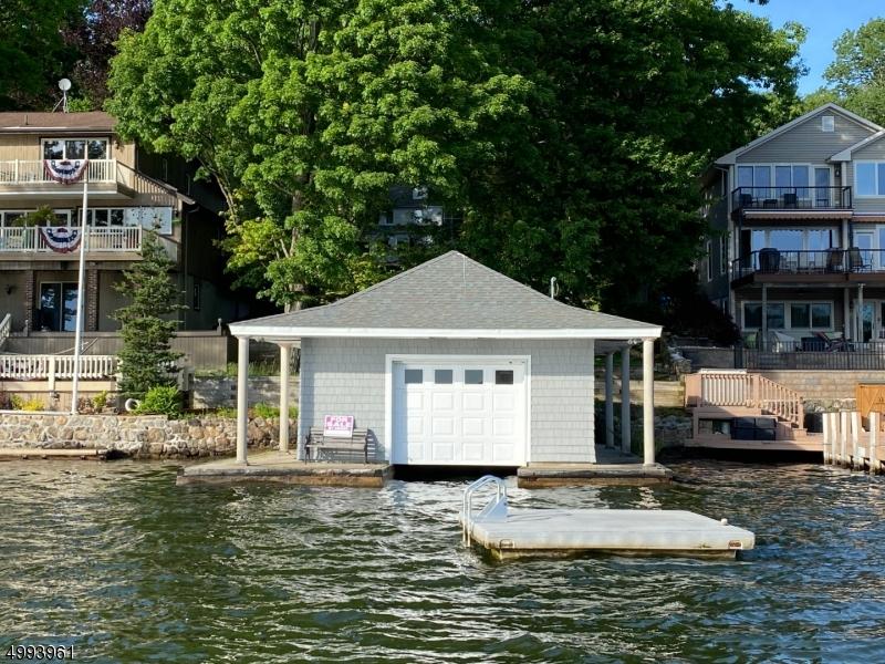 Photo of home for sale at MCGREGOR AVE, Mount Arlington Boro NJ
